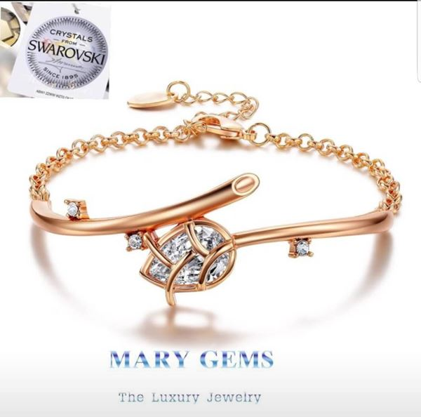 Picture of Bracelet Crystal Lotus Flower Gold